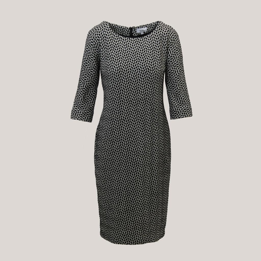 Visgraat, zwart witte jurk met visgraatmotief