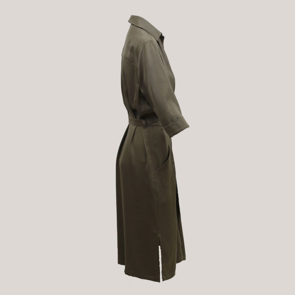 Olijfgroene robe manteau, zijaanzicht