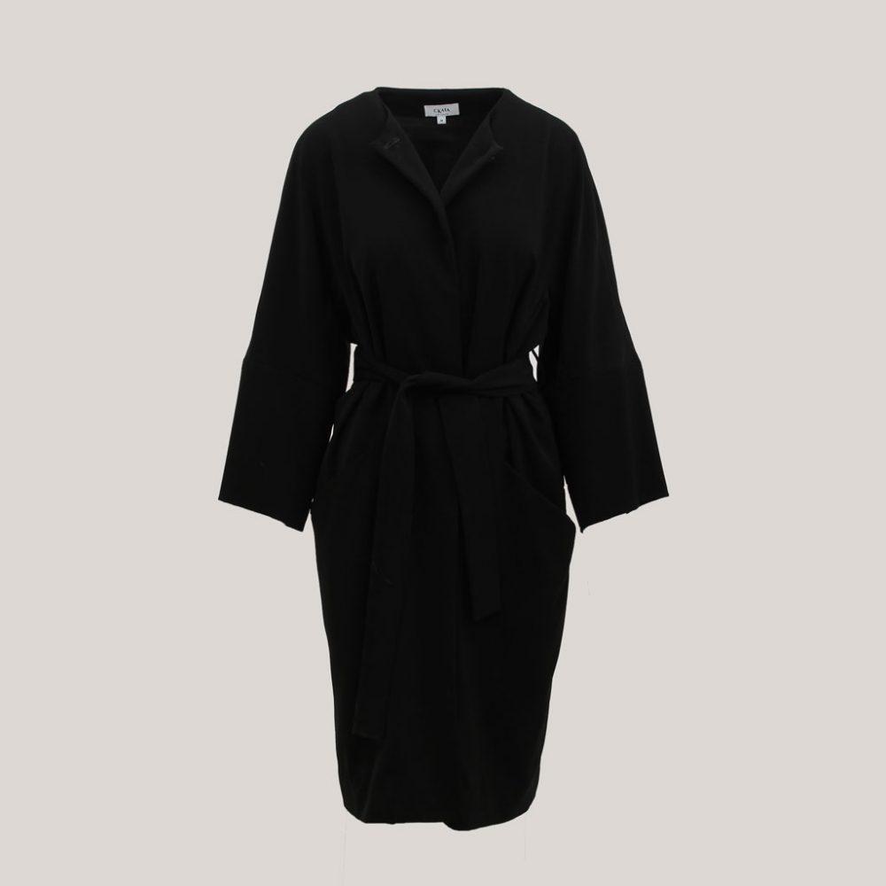 Zwarte kimono 'Black is Black', vooraanzicht